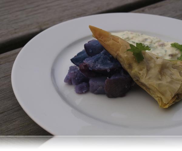 Samosa og blå kartoffel...